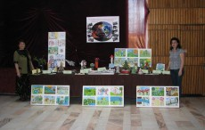 The ECOTIC Caravan and projects destined for children and teachers all over Romania 11351574_953763487988530_754613390_n